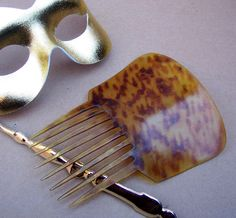 Antique hair comb Early American Spanish comb by ElrondsEmporium