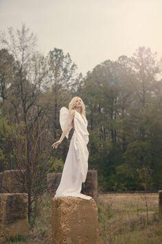 Angel | 天使 | Ange | ангел | Angelo | Angelus | ángel | Wings | Urban Angel.