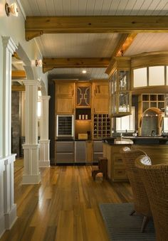 Middle Street cottage, SC. Herlong & Associates.  White and natural wood.