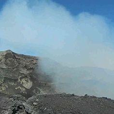 Trekking al #volcanVillarrica 🌋 Febrero 2018 . #3parte 📽️ Más info en link . Trekking, Mountains, Link, Nature, Travel, Instagram, Backpacking, February, Voyage