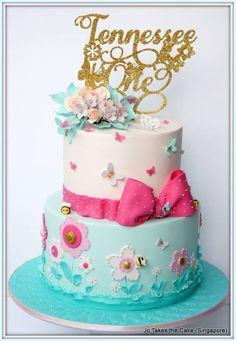 Jo Takes the Cake