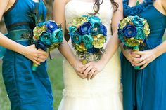 Striking_Deep_Teal_Peacock_Inspired_Wedding_Meghan_Wiesman_Photography_9. Thanks Tracy