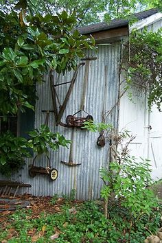 old tools displayed -   love this idea