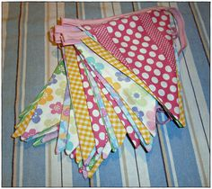 Sunshine x 3: Bye bye Baby Bunting, Daddy's gone a-hunting...