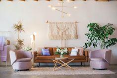شركة شراء أثاث مستعمل في جدة 0553228548 ابو ريماس Used Furniture For Sale, Types Of Furniture, Cool Furniture, Living Room Furniture, Living Room Decor, Furniture Design, Furniture Sets, Furniture Online, Furniture Stores