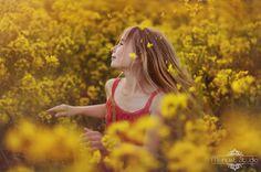 Menuet Studio: Żółto, słonecznie, radośnie:)