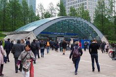 Let's get back to #reality. This is a shot of the #canarywharfstation from #reutersplaza  Not quite as busy as it could be but we're heading towards the #bankholiday. #canarywharf #london #architecture #toplondonphoto #thisislondon #architecturephotography #architecturelovers #architectureporn @canary___wharf #olympus #olympuspenf #olympus倶楽部 by duncankelman