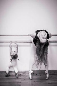 Mother and daughter dancing ballet BALLETlove | LATEST trends | BALLET | DANCE | BALLET-BARRE | FITNESS | trendyEXERCISES | balletworkout | pinned by http://www.cupkes.com/