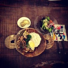 at Pepepe CAFE Chicken, Meat, Ethnic Recipes, Food, Essen, Meals, Yemek, Eten, Cubs