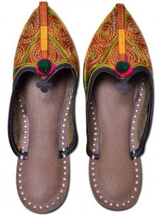 Traditional Jodhpuri Slipper  Styled For Comfort, Mojari Is Recognized As The Most Classic Footwear For Women. These Highly Colorful Mojaries Will Undoubtedly Suit The Fashion Taste Of Every Individual. MOJARI Is A Generic Name Of Handcrafted Ethnic Footwear Produced In India. - See more at: http://www.shopee5.com/shop/foot-wear/traditional-resam-kasida-jodhpuri-slipper