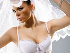 Underwear for the bride: all the subtleties of choice - Absolute Beauty Tips Looks Great, Beauty Hacks, That Look, Underwear, Bra, Fashion Tips, Beauty Tricks, Lingerie, Beauty Dupes