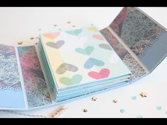 Tutorial paso a paso para hacer un álbum desplegable (parte II) / How to make a folded mini album step by step (part II) Blog post: http://www.littlecraftypi... Tutorial Scrapbook, Mini Albums Scrap, Mini Scrapbook Albums, Scrapbook Paper, Album Photo, Album Book, Mini Album Tutorial, Photo Album Scrapbooking, Baby Album