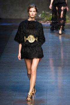 14b7e37638f Dolce   Gabbana Spring 2014  The Golden Army