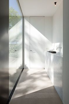 Vincent Van Duysen, minimal bathroom.