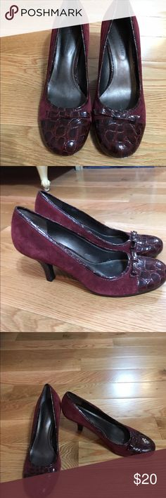 Naturalizer Shoes These are a great pair of burgundy Naturalizer shoes that as you can tell from the soles I only wore a few times.  They have a crocodile print patent leather toe and bow along with other detailing and the rest of the shoe is a suede material. Naturalizer Shoes Heels