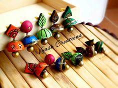 Terracotta Jewellery Making, Terracotta Jewellery Designs, Terracotta Earrings, Beaded Necklace Patterns, Jewelry Patterns, Polymer Clay Pendant, Handmade Polymer Clay, Ceramic Jewelry, Clay Jewelry