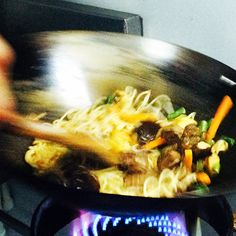 This is how we do it!  #wok #fresh #vegetables #noodles