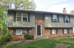 1140 Neptune Place, Annapolis, Md  http://www.annapolishomeinfo.com  $339,000  AWESOME BUY IN ATLANTIS! Walk to Fishing Pier! Broadneck Schools! Brand new kitchen '12,Brand new Heat Pump'12,Great BR in lower level for teen,Baths remodeled '12,Carpets cleaned, House is ready to go for the ready buyer(s),Some wood floors,Fireplace w/shelving surrounds,Walk out level to back yard,Across from tot lot! Much more!