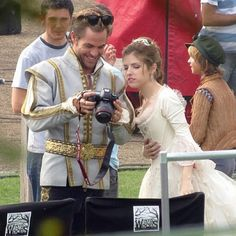 Anna Kendrick, Chris Pine & Company Film INTO THE WOODS Royal Wedding. Adorable!