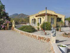 Jalon valley villa