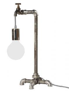 Globen Plumber Bordslampa