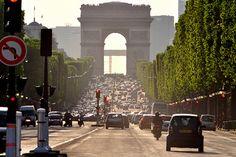 Paris fechará suas ruas para carros por um dia inteiro
