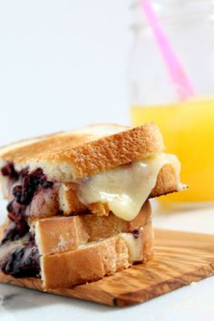 It's #GrilledCheeseMonth mania! Love this Blackberry Balsamic Grilled Cheese Sandwich from @Marnely Rodriguez-Murray