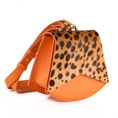 Leather Bag, Bags, Women, Fashion, Handbags, Moda, Fashion Styles, Fashion Illustrations, Bag