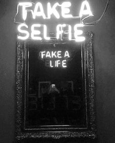 The artist Camilo Matiz used neon tubes for write sentences that change direction, if you look at your reflection in a mirror. The artist Camilo Matiz used to jot down neon tubes, units, the to changen… Double Sens, Double Tap, Neon Licht, Fake Life, Real Life, Life Quotes, Funny Quotes, Qoutes, Wisdom Quotes