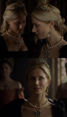 Can't see too well but this blue set was lovely - especially the tiara! (Queen Catherine Parr - The Tudors) Catherine Parr, Catherine Of Aragon, Anne Of Cleves, Anne Boleyn, The White Princess, Princess Mary, Tudor Fashion, Medieval Fashion, Scarborough Renaissance Festival
