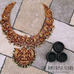 The Brand With The Best Temple Jewellery Collections Die Marke mit den besten Temple-Schmuckkollektionen Antique Jewellery Designs, Gold Jewellery Design, Antique Jewelry, Cartier Jewelry, Designer Jewelry, Turquoise Jewelry, Antique Gold, Jewelry Art, Gemstone Jewelry