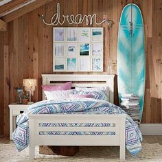 Find cute and cool girls bedroom ideas at Pottery Barn Teen. Shop your dream room with our teen room inspiration and ideas. Girls Bedroom Furniture, Bedroom Themes, Bedroom Decor, Bedroom Ideas, My New Room, My Room, Surfer Bedroom, Deco Nature, Beach Room