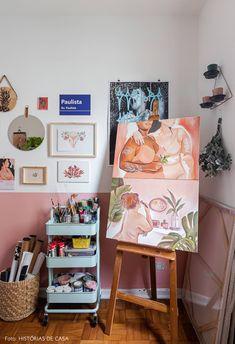 This amazing photo is an extremely inspiring and superb idea Painting Corner, Art Corner, Painting Studio, Home Art Studios, Art Studio At Home, Studio House, Decoracion Habitacion Ideas, Artistic Room, Art Studio Design