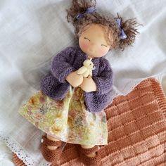 Купить Аннушка, вальдорфская кукла в интернет магазине на Ярмарке Мастеров