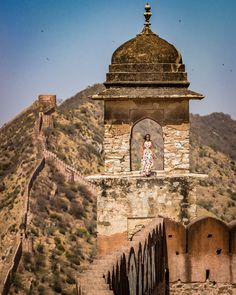 The first place that comes to every traveler's mind when they think of India! Departed Soul, Amer Fort, Spiti Valley, Water Storage Tanks, Jaipur India, Indigenous Art, Stunning View, India Travel, Pilgrim