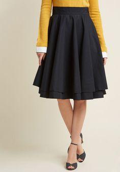 cb303fbd19 Essential Elegance Midi Skirt in Black
