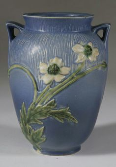 Roseville Pottery - Experimental - Thimbleweed Tall Anemone -  #AAPA