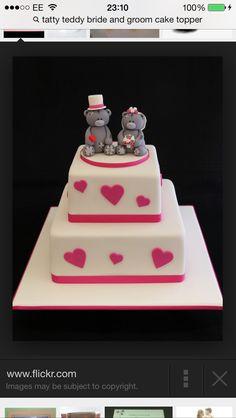 Tatty teddy tiered cake