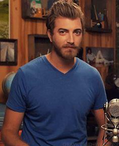 rhett mclaughlin hairstyle