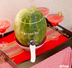 Step by step directions for creating a beverage dispenser from a watermelon including assembling a faucet. Party Drinks, Fun Drinks, Alcoholic Drinks, Beverages, Cocktails, Deco Buffet, Hawaian Party, Watermelon Margarita, Liqueur