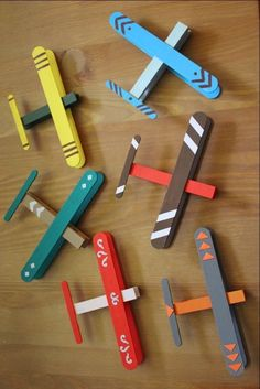 50 Ideas diy christmas projects for kids popsicle sticks Kids Crafts, Projects For Kids, Diy For Kids, Popsicle Stick Crafts, Craft Stick Crafts, Popsicle Sticks, Wooden Craft Sticks, Clothespin Crafts, Wooden Crafts