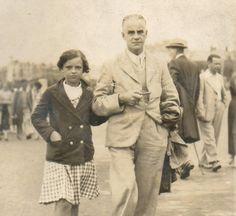 1937 -