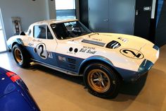 The Corvette Grand Sport is one of the original five lightweight 1963 Grand Sports built. It's the perfect Corvette to feature on Midyear Monday. Corvette Summer, Corvette C2, Corvette Grand Sport, Chevrolet Corvette, Pontiac Gto, Sports Car Racing, Sport Cars, Race Cars, Auto Racing