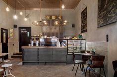 Las Cositas de Beach & eau: HOME TOWN....un coffe shop en Holanda.................................