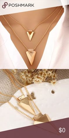 Two layer arrow gold Pendant necklace 100% brand new and high quality.  Quantity: 1PC  Gender: Women, Girl  Material: Alloy  Color: Gold  Length: about 43+5 cm / 16.9+2.0 inch  Nice accessories to integrate jewelry case for girls and collectors.  Match with suitable apparel for different occasion.  Wonderful gift for you and your female friends.  Catch this beautiful accessories for you.  C10 Jewelry Necklaces