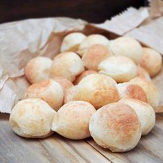 Brazilian Cheese Bread {Pão de Queijo}