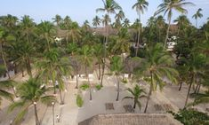 Official website of Diamonds Mapenzi Beach , a luxury resort hotel . Book your hotel in Zanzibar at the best price Cute Jewelry, Body Jewelry, Tanzania, Kenya, Tiffany Jewelry, Jewelry Photography, Jewelry Packaging, Beach Club, Jewellery Storage