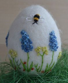 Handmade Needle Felted White Egg Easter Wildflowers +Bee Artist Spring 3in