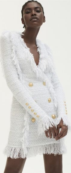 Balmain x Mytheresa:La Nuova Capsule Coll' F/W / Photo Vea Haute Couture Style, Couture Mode, Couture Fashion, Balmain, Boho Chic, Winter Chic, Mode Inspiration, Winter Dresses, White Fashion
