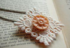 Lace+button+ purdy DIY necklace